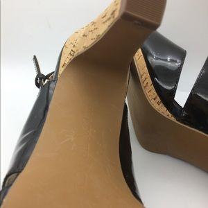 Ellen Tracy Shoes - Ellen Tracy  patent leather sandals size 8 M